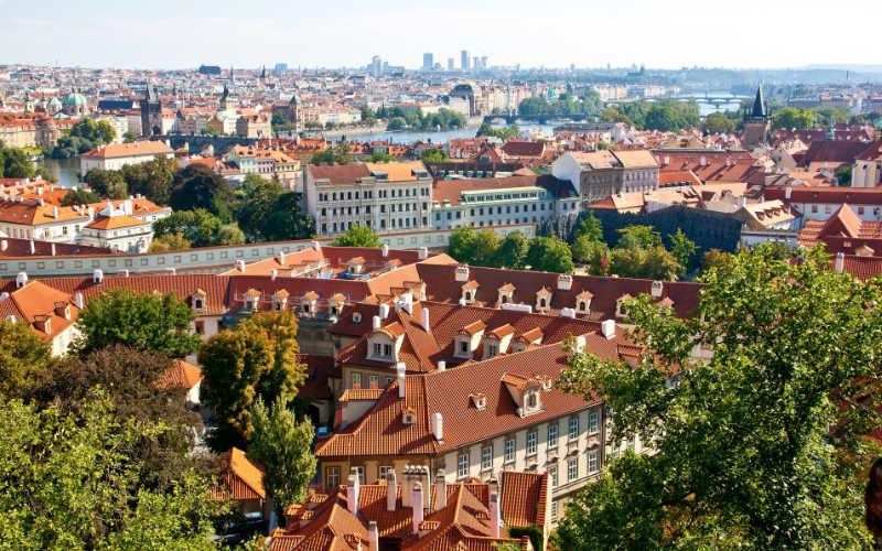 rode daken van Praag